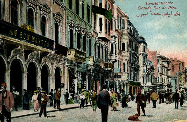 Istiklal Caddesi au temps où elle s'appelait Grande Rue de Pera