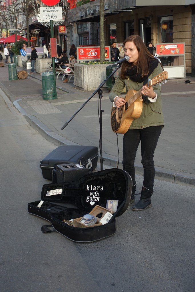 La chanteuse de rue klara