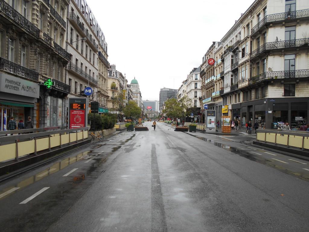 """Le """"piétonnier géant"""" de Yvan Mayeur a tué le centre-ville de Bruxelles... l'INAMI parviendra-t-il à le ressusciter ?"""