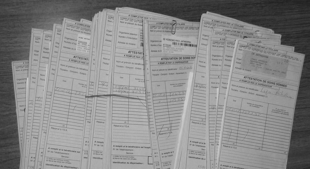 Les attestations de soins donnés (ASD) sont enregistrées par Securimed, puis transmises aux différents Organismes Assureurs accompagnées de documents de facturation normalisés ; le prestataire, quant à lui, reçoit un listing récapitulatif des montants introduits via le tiers-payant